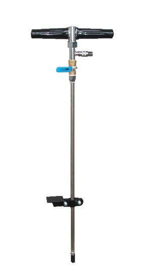 しろありくじょ さぎょうようひん とくしゅはりのずる どじょうちゅうにゅうき これからのマンション、アパートなどの家屋外周白蟻防除、家屋外周への薬剤土壌注入に最適な専用ノズル土壌注入機DT-1の通信販売:テクネットストア製品名:土壌注入機型式:DT-1全長:950mm(±10mm)針部分の長さ:750mm(±10mm)材質:ステンレス、真鍮、その他対応ネジサイズ:G1/4(2分)付属品:ワンタッチカプラー85販売元:テクノ株式会社マンション、アパートなど床下への薬剤散布(バリア工法)が難しい現場で使用されています。土の中深くに潜むシロアリや害虫を駆除します。 足踏みタイプでしっかり突き刺せるので土壌の奥深くまで薬剤が届きます。足踏み台はボルトを緩める事で簡単に上下に移動が可能です。針部分はステンレス製なので防錆、強度に優れています。ボールバルブが付いているので手元で薬剤の調整が可能です。付属のワンタッチバルブを使用すればホースとの接続もワンタッチです。これからのマンション、アパートなどの家屋外周白蟻防除、家屋外周への薬剤土壌注入に最適な専用ノズル土壌注入機DT-1の通信販売:テクネットストア