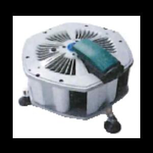 かくはんくん|しろありくじょ|ゆかしたかんきせん|かくはん型送風機ノ新しいスタンダード!よどんだ床下の空気をパワフルに動かす!床下用カクハン型送風機【フィトンチッド標準装備】撹拌くんSF-206の通信販売|空気を動かす!床下は構造的に湿気がたまりやすく、腐朽菌やダニ、カビの発生原因となります。従来の床下換気扇だけでは床下内の基礎構造によっては空気のよどみが発生していました。「撹拌くんSF-206」は独自の設計で床下の隅々までパワフルに空気を動かし、腐朽菌・カビなどの発生を抑えます。さらにカビや不快害虫の繁殖を抑制するフィトンチッドカートリッジを標準装備(特許)床下から家族と住まいを守ります。湿気・結露を解消し床下木部のカビや害虫、腐朽対策に有効です。