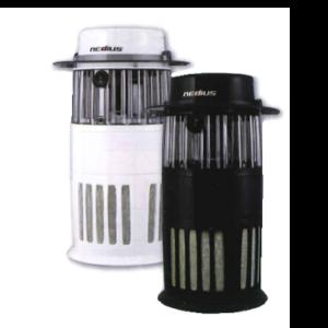 きゅういんしきほちゅうき||静かで安全、清潔、無害、画期的な吸引式捕虫器!蚊やハエなどの嫌な虫を光で引き寄せ、ファンで静かに吸引!薬剤や高電圧を使用しないので安全nedius吸引式捕虫器NMT-15A1JGの通信販売:テクネットストア、株式会社スイデン、安全!バチバチしない吸引式捕虫器NMT-15A1JGの通信販売、蚊やハエなどの嫌な虫を光で引き寄せファンで静かに吸引!静かで安全、清潔、無害、画期的なnedius吸引式捕虫器NMT-15A1JG、誘引効果は蛍光灯の約100倍以上で蚊やハエを誘引します!ファンで蚊やハエを吸引するので静かで安全!薬剤や煙を使わないので環境や人にやさしい。効果が目に見える。線香や薬剤式の電気蚊取り器と比べて。キッチンなどのコバエに有効、長寿命ランプ約500時間。嫌な虫を光で引き寄せファンで吸引!効果が見える!薬剤や高電圧を使用しないnedius吸引式捕虫器NMT-15A1JGは安全です。強力な光で蚊やハエなどを誘引!蚊は二酸化炭素を好む習性があります。ファンで静かに蚊やハエを吸引駆除します!蚊駆除、ハエ駆除。光で蚊やハエをおびき寄せファンで強力な気流で吸引し下のカゴに捕獲します。ファンによる吸引式なのでパチパチという電撃音がせず非常に静かで使用場所を選びません。静かなので真夜中や赤ちゃん、ペットのそばでも安心して使えます。光触媒効果!ランプの紫外線と内部に塗布した酸化チタンが反応することにより空気中の有機物(臭いのもとや、菌、ウィルス)や捕獲した虫の死骸を分解する際に、ごく微量の二酸化炭素の発生が期待されます。蚊やハエが簡単に捨てられる。吸引した蚊やハエはカゴの中で乾燥した状態で死んでいる為、こびり付かず簡単にゴミ箱に捨てられます。捕獲した蚊やハエを逃がさない。スイッチをオフするとファンの回転が止まり連動して風圧シャッターも閉じるのでスイッチをオフにして蚊やハエが逃げ出しません。オフィス、玄関まわり、キッチンまわり、ホテル、旅館、学校、保育施設、病院、ペットのそば、飲食店のフロア、飲食店の厨房、コンビになどの店舗、農家などの作業場、工場や倉庫などの蚊駆除、ハエ駆除にnedius吸引式捕虫器NMT-15A1JG、静かで安全、清潔、無害、画期的な吸引式捕虫器!蚊やハエなどの嫌な虫を光で引き寄せ、ファンで静かに吸引!薬剤や高電圧を使用しないので安全nedius吸引式捕虫器NMT-15A1JGの通信販売:テクネットストア、株式会社スイデン