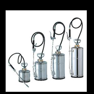 ぼうえきようはんどすぷれー|しろありくじょ|さぎょうようひん|さぎょうききようひん|しゅどうふんむき|殺虫剤、消臭剤、殺菌剤、農薬などを散布する噴霧器!PCO、TCOなどで使用されるプロ仕様のステンレス製の防疫用ハンドスプレー・2L、4L、6L、8Lモデル、Semco、環境機器S-Zシリーズ、S-2Z、S-4Z、S-6Z、S-8Zの通信販売:テクノ株式会社、定評のあるアジャスタブル噴口で確実に噴霧します。厚めのステンレススチール製の本体と、 耐薬性に優れたゴムホースが作業をフォローアップします。先パイプは簡単に取り外しができ、オプションのクレパスノズルやシャワーノズルなどの取付けが可能。またLCジョイント(別売)を取付けることにより四方ノズルなども取付け可能で、様々な場面での噴霧に対応できます。殺虫剤、消臭剤、殺菌剤、農薬などを散布する噴霧器!PCO、TCOなどで使用されるプロ仕様のステンレス製の防疫用ハンドスプレー・2L、4L、6L、8Lモデル、Semco、環境機器S-Zシリーズ、S-2Z、S-4Z、S-6Z、S-8Zの通信販売:テクノ株式会社